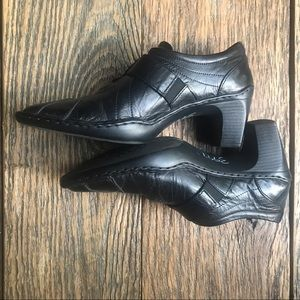 Josef Seibel, Black Leather heel shoes